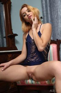 Aurora Zvezda Kinky Russian Hottie Strips
