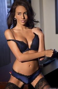 Glamour Stockings Teen Janice Griffith