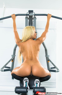 Adriana Chechik Working Out