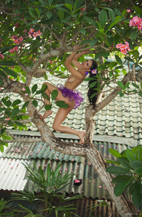 Tropical Beauty Mirela A