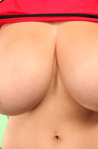 Tessa Fowler - Extremely Big