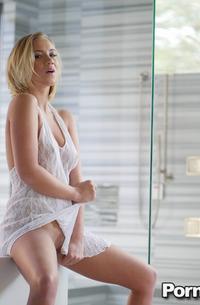 Bailey Brooke Posing In Bathroom