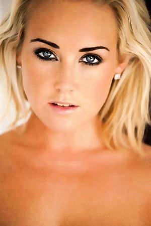 Sunny Blonde Teen LucyAnne Brooks