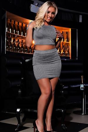 Milf Blonde Stacey Robyn