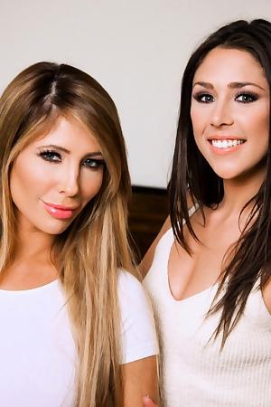 Anna Morna & Tasha Reign Pussy To Pussy