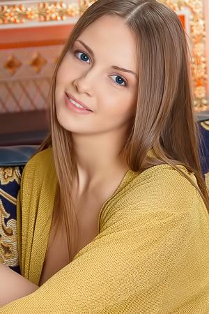 Leanisa Virgin Teen