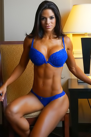Muscular Hottie Michelle Lewin