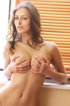 Yarina - Morning Body
