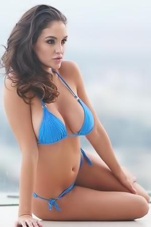 Bikini Babe Jaclyn Swedberg