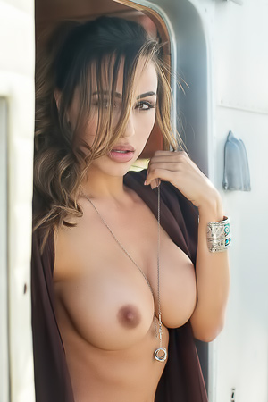 Playboy Girl Ana Cheri