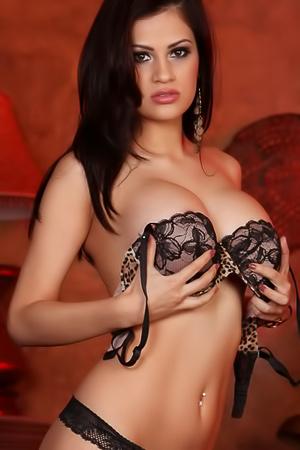 Fantstic beauty of Vanessa Veracruz