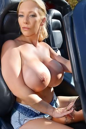 Huge silicon boobs of Delzangel