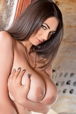Busty fetish with Alexya