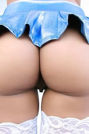 Jade Jantzen - perfect latina butt