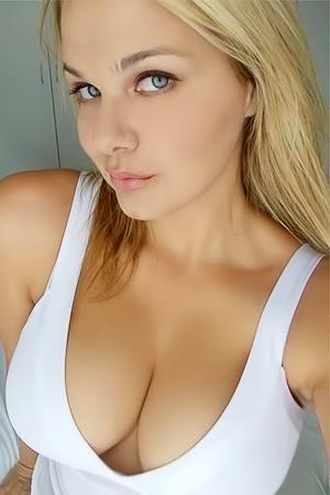 Goddess selfies