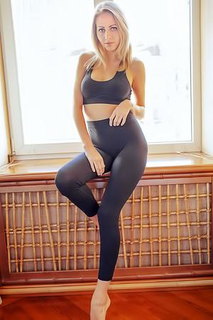 Extra tight blonde Lija