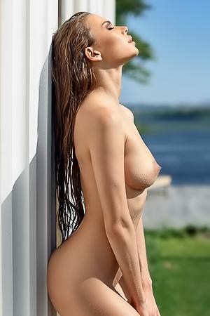Svitlana Chumachenko nude ralaxation