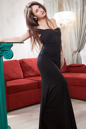 Lilian - long sexy dress