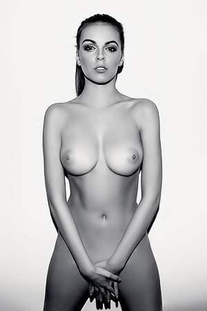 Magda Furman in sexy black&white photoshoot