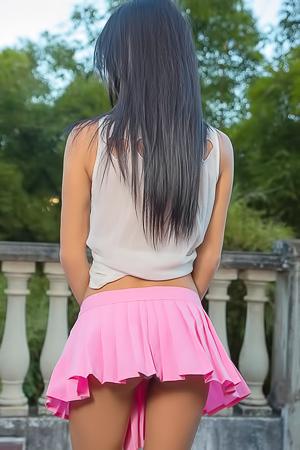 Denisse Gomez - sexy upskirt
