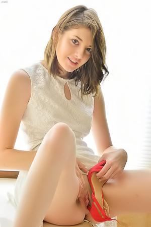Slutty Teen Fucking Pussy With Heels
