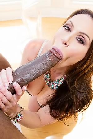 Big black dick for Kendra Lust