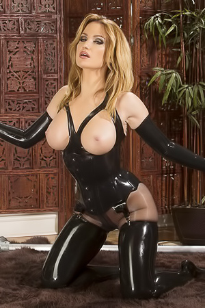 Angela Sommers - wild babe in latex