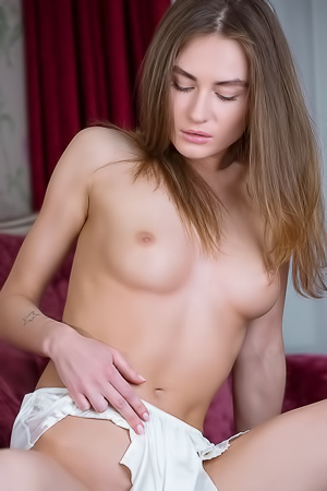 Gerda playing with hairy pussy