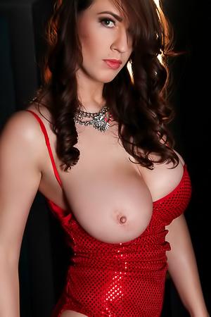 Lana Kendrick - naked Jessica Rabbit