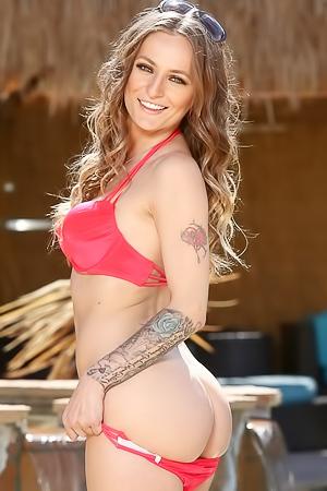 Natasha Starr - sexy tattoos