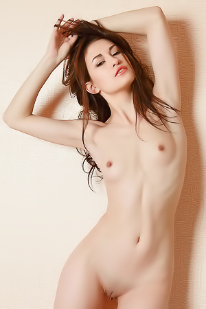 Mila in nude photoshoot