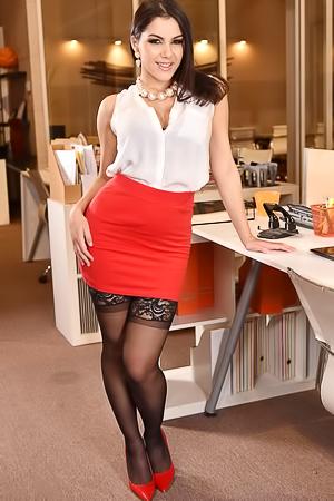 Nude secretary Valentina Nappi