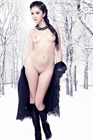 Naked Ice Queen