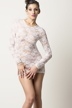 Nasty Shanoor and her skinny body