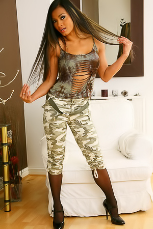 Glamour military babe