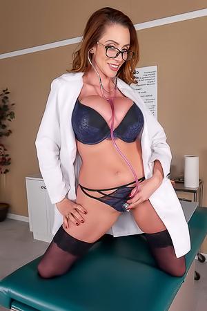 Nasty doc Ariella Ferrera