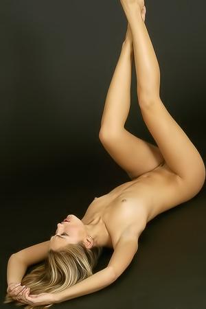 Sweet Lilya is posing naked