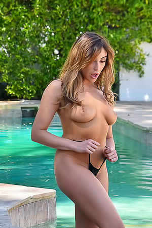 Christiana - naked by the pool