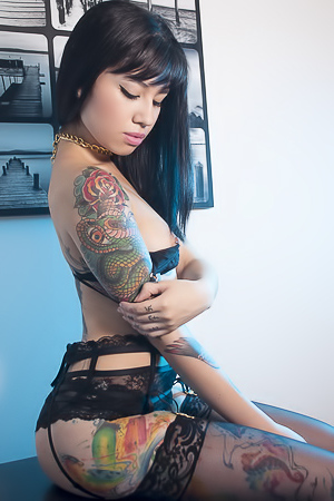 Exotic tattooed Jessica Alvarez