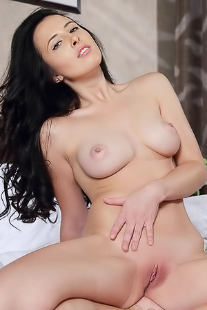 Horny pussy rubbing