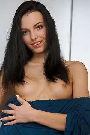 Sexy skinny babe Sapphira A