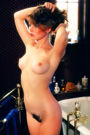 MILF playmate Linda Rhys Vaughn