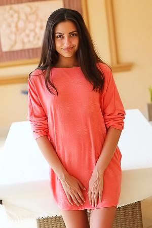 Beautiful young latin Cira Nerri