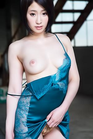 Japanese babe Sana Imanaga