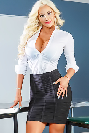 Glamour busty teacher Nicolette Shea