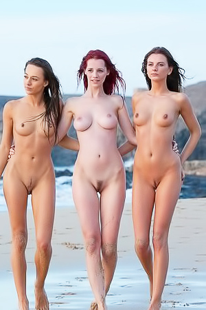 Dominika, Ariel, Stacey - nude babes on the beach
