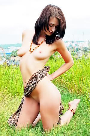 Amateur nude dream Lara D