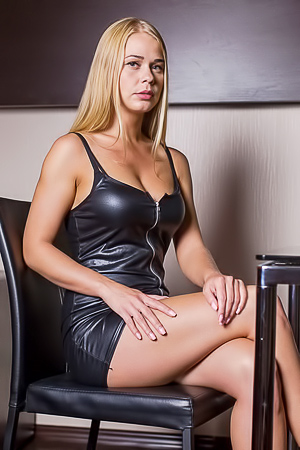 Stunning Sarika A In Leather Dress