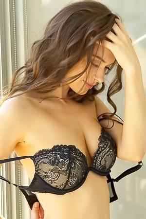 Glamour Muirina Fae in black lingerie
