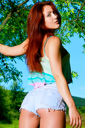 Redhead Amateur Callista